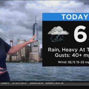 New York Weather: Rain And Wind