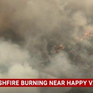 Emergency bushfire warning issued for Queensland's Fraser Island