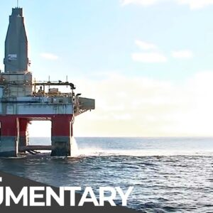Most Dangerous Jobs on a Drilling Rig: Lifting a Massive Pipe   Eps. 4   Free Documentary
