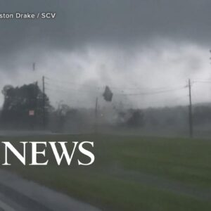 Over 2 dozen tornadoes touch down in Southeast l GMA