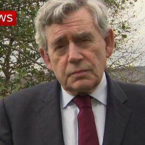 Former PM Gordon Brown: 'No PM should be beholden to anyone'